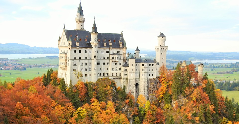 Neuschwanstein-Autumn.