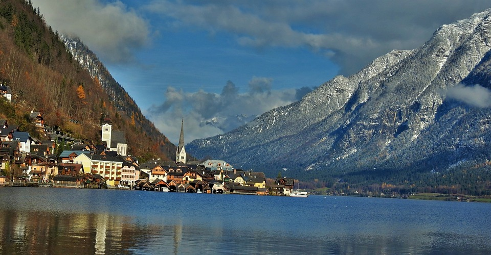 hallstatt-lake